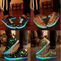 Wholesale 2015 New Specials hot Selling emitting luminous casual shoes men women couple LED lights shoe fashion sneakers Fluorescence