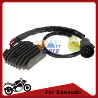 Wholesale Dc v Motorcycle Regulator Voltage Rectifier Black for Kawasaki NINJA ZX R ZX600 ZX RR ZX600 order lt no track