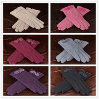 Wholesale ladies cashmere gloves winter womens gloves wool gloves with Chinese knot knit mittens wool gloves D1959