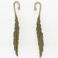 Wholesale 6 mm fashion classics wholesales feather shape Antique Bronze lead free metal alloy big bookmark D1060