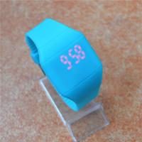 al por mayor toque llevado relojes baratos-Pantalla táctil colorida barata LED reloj de la jalea del caramelo de la cintura de silicona extra-delgado relojes 30pcs DHL FEDEX libera el envío