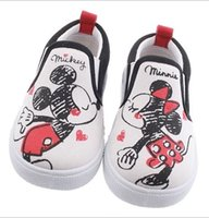 Wholesale Hug Me Baby Shoes Kids Shoes Cartoon Lovely Minnie Mickey Canvas Shoes Boys Girls Casual Shoes Spring Summer Children Shoes MC