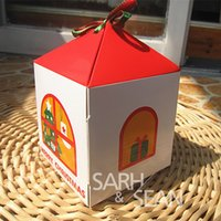 Wholesale DGH019 Cookie package the Christmas Cottage bakery box biscuit box cake box x10x10cm