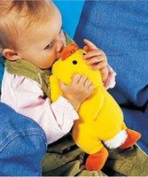 Bébé modèle animal de bande dessinée bouteille pour nourrissons au biberon de bébé avec un manchon de poignée manchon d'isolation échelle hiver ZJ008 pas cher