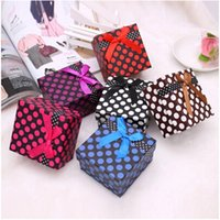 Wholesale Square Shape Polka Dot Watch Box x9x5 CM Colorful Paper Watches Display Box Neutral Retail Packaging Girf Box with Ribbon