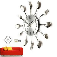 Wholesale Hot Selling New Stylish Fashion Modern Cool Silver Kitchen Cutlery Utensil For Creative Design Wall Clock Spoon Fork Home Decor