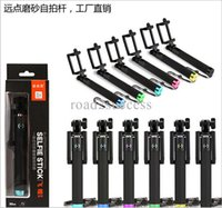 Wholesale New handheld extendable selfie self stick gopro wireless Bluetooth monopod smart integrated tripods for cell phone camera sets
