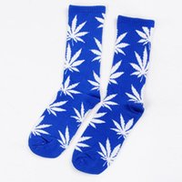 Wholesale 50color Hot Crew high Socks Skateboard hiphop socks Leaf Maple Leaves Stockings Cotton Unisex Plantlife Socks pair