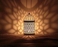 Wholesale Romantic Elegance Classical Iron Beautiful Candle Holders Zakka Storm Lantern Wedding Home Decoration