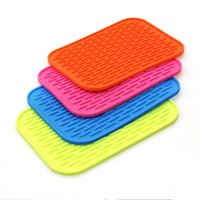 Wholesale Hot Sales Silicone Pad Kitchen Tool Coasters Insulation Bowl Saucepan Mat Colors Rectangle Soft Silicone Table Heat Pads JE0001 kevinstyle