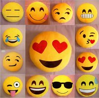 Wholesale 17 Styles Soft Emoji Smiley Emoticon Yellow Round Cushion Pillow Stuffed Plush Toy Doll Present
