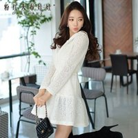 Wholesale Dabuwawa Lady s Elegant Lace Long Sleeve White A line Bodycon Trench Coat With Hat