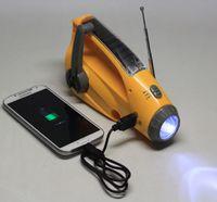 Wholesale Best Seller New Design Multi functional Emergency flashlight winding up Led flashlight with radio and Safety Hamme