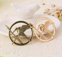 Wholesale Hunger Games Brooches Inspired Mocking jay And Arrow Brooches Pin Corsage Promotion New Arrival European Hot Movie For Women And Men T6005