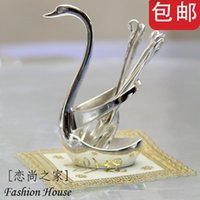 Wholesale Fashion luxury dining table coffee table silver plated fruit fork derlook spoon piece set