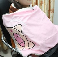 Wholesale Cartoon IR USB Heating Blanket Warm Knee Shawl Cushion Pad multifunction for Lunch Nap and Dorm Reading in College