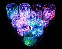 Wholesale New Design Colorful Changing LED Flashing Acrylic Beer Cup Drink Mugs For Bar Party Supplies