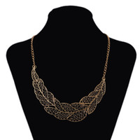 beaded collar necklace pattern - New Geometry Snakeskin Pattern Stitching Short Necklace Retro Fake Collar Choker Necklaces Pendants For Women