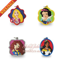 beautiful love pvc - Popular set Beautiful Princess girls love PVC Pendant kid Accessories Fit for Keychains necklace Bracelets kids party Gift