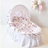 Wholesale Newborn Baby Bassinet Handmade Corn Bran Woven Baby Sleeping Basket Breathable Cotton Cribs for Baby Optional Colors