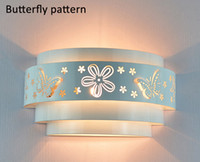 Wholesale New simple design Wall Lamps Fashion Modern E27 Brief Money Flower Wall Lights White Mirror Front Llight Iron Wall Lamps