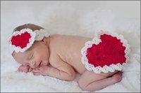 Unisex Spring / Autumn Velvet AAA+ Quality Lovely Heart Design Handmade Baby Newborn Velvet Knit Caps Infant Crochet Photography Props Cosplay Hats Free Shipping XDT148