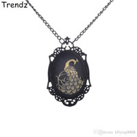 beautiful paintings photos - Steampunk Jewelry Vintage Style Black Chain Necklaces Beautiful Peacock Photo Frame Pendant Handmade Spray Paint STPK15062