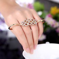 double finger ring - Top Selling Gold Sliver Alloy Crystal Flower finger Rings Korean Fashion Rings Double Refers Opening Personalized Ring H13802