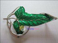 Señor original de la marca de fábrica de ShangMart del colgante verde de la broche del Pin de Elven de la hoja de los anillos con el collar de cadena ¡Más barato!