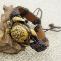 achat en gros de bracelets tissés ethniques-12PCS / lots ethnique Tribal main tissé yak Imitation Tortue Sun paix chanvre en cuir cordon bracelet réglable Bangle Bracelet