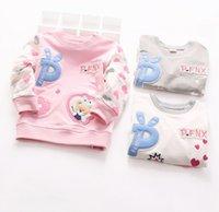 baby undershirts white - 2016 Spring Baby Girl Long Sleeve Causal T shirt Cute Bear Undershirt Kids Clothes Girls Shirts Children Tees Tops Fashion K6742