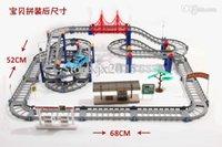Precio de Trains-Al por mayor-libres de los juguetes del envío de los niños Hot Wheels tren eléctrico del tren de coche de bebé de escritorio de múltiples adapte a largo carreras