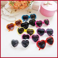 sugar white sugar - 2015 Fashion Stylish Eyewear Sugar Color Retro Heart Shape Vintage Sunglasses Summer Lolita Eyeglasses Free DHL Shipping