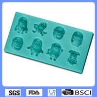 Wholesale Despicable Me Minion Chocolate Molds Lovely Cartoon Fondant Silicone Molds Bake Tools Cake Decorating Tools Kitchen Accessories Moulds
