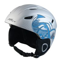 Wholesale Hot Sale Half covered Ultralight Colors Skiing Helmet Integrally molded Ski Helmet Air Vents CE Certification Snowboard Helmet