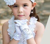 girl white gloves - 2015 High Quality Gloves For Flower Girl White Children Girls Accessories Girls Finger Gloves Childs Wedding Supplies Wed Accessories