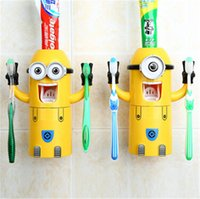 Wholesale hot sale Despicable Me Minions Design Set Cartoon Toothbrush Holder Automatic Toothpaste Dispenser with Brush Cup for christmas gift D415