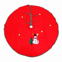 Wholesale RQAa201 Christmas tree skirts cm thick green cloth snowman applique tree skirt by the Yiwu Christmas arts and crafts