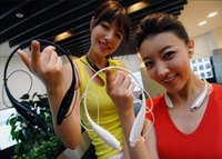 Cheap YP Free DHL 3.5mm store sports Wireless Bluetooth headphone HBS 730 in ear mini earphone for mobile phone mp3 mp4