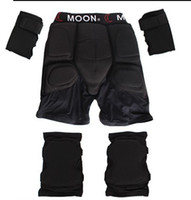 sporting good equipment - Good Quality set Outdoor Sports Protective Ski equipment Support For Hip pad Kneepad Wrist