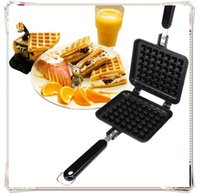 Wholesale Black Aluminum Waffle Pan Nonstick Mold Bakeware Pan Cookie Cake Muffin Maker Bakeware Compact and Lightweight Design