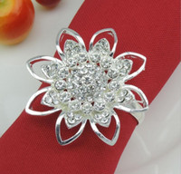 beaded napkin holders - 20pcs Silver Plated Rhinestone Beaded Flower Napkin ring Serviette Buckle Holder Hotel Wedding Party Favour Decor