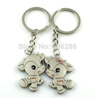 Wholesale 2016 lovly dogs Keychains Gift Top Quality Brand New FashionThe Lovely Metal Alloy Dogs Chains Hot Sales Cute shape for Lovers T