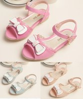 Wholesale 4 years old cute girl bow casual barefoot sandals Retro five pointed star pattern summer beach sandals in stock pair LY