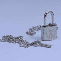 ai fashion - Hot Sale Cartoon Ai Yazawa NANA lover s necklace key lock set alloy fashion metal pendant chain cosplay accessories necklaces set