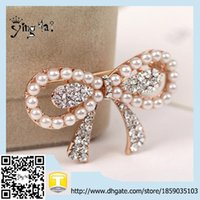 Cheap hot sale bowknot rhinestone brooches pin for dresses