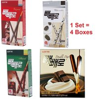 Wholesale Lotte Pepero Chocolate Stick boxes Flavors Original White Cookie Almond Korea Food