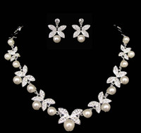 Wholesale 2015 Hot Korea Style jewelry sets silver colour Wedding Jewelry Crystal Rhinestone alloy Pearl Butterfly Necklace Earring Set