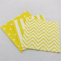 al por mayor servilletas de papel amarillo-El papel de polca colorido amarillo libre de Chevron de la servilleta de papel del envío 1000PCS rayó los serviettes del tejido de las servilletas de papel del partido