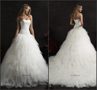 Cheap 2015 Amelia Sposa Strapless A Line Wedding Dresses Train Bateau Beads Tulle Tiers Sleeveless White Bridal Dresses Court Train Ball Gowns